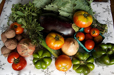 Fresh_veggie_assortment-400.jpg